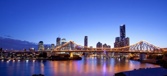 how to get from brisbane city to brisbane airport