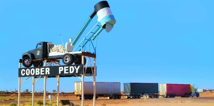 coober pedy welcome sign outback