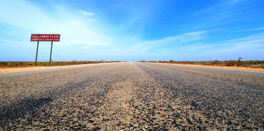 Eyre Highway at Nullarbor Plain, South Australia
