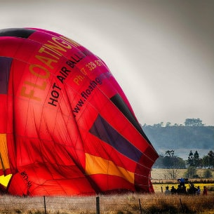 floating images hot air balloon flights in brisbane