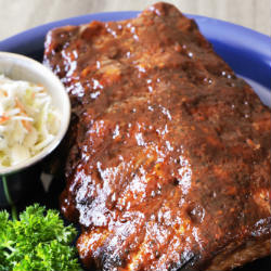 grilled barbecue ribs on a plate
