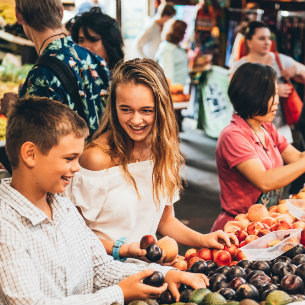 happy children at fremantle markets