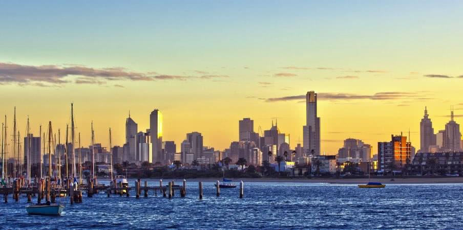 melbourne panorama at dawn