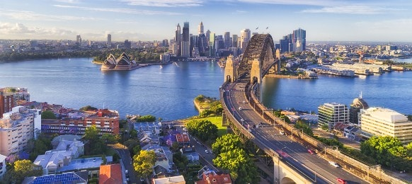 morning view cahill express way sydney harbour bridge