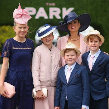 Photo of a family at Emirate Stakes Day