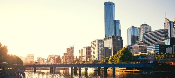 scenery of yarra river in melbourne