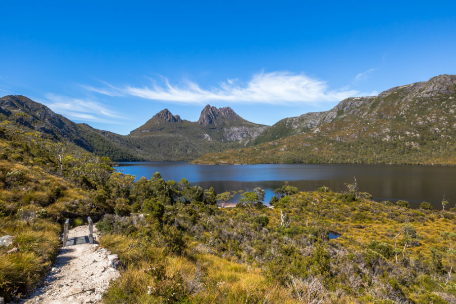 Walkaway to Cradle Mountain National Park in Tasmania